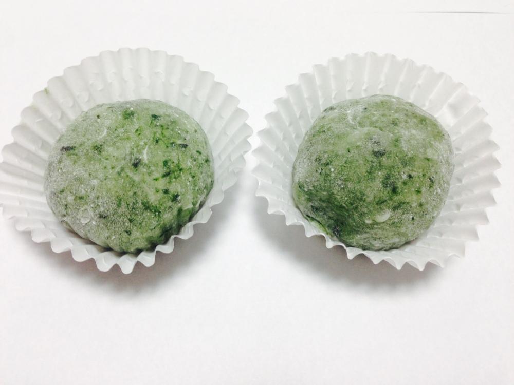 """∗∗∗蓬餅/ Kusamochi oder Yomogi-Mochi  (jap. 蓬餅, dt. """"Grass Mochi""""). (1/6)"""