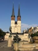 ハルマルクト広場側から撮影した聖母教会