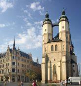マルクト広場にある聖母教会