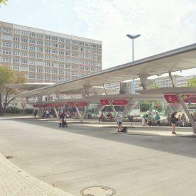 ハレ(ザーレ)中央駅にすぐそばにあるバスターミナル